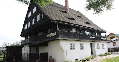Karlovice – kosárna
