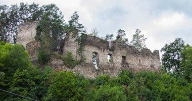 Frejštejn – zřícenina raně gotického hradu