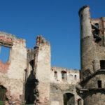 <b>Zvířetice - zřícenina renesančního zámku</b>