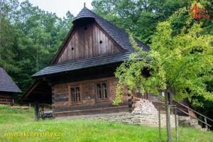 Valasska dedina 10