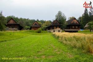 Valasska dedina 13